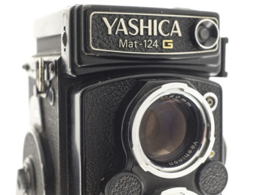 06 yashica mat 124 g 1080