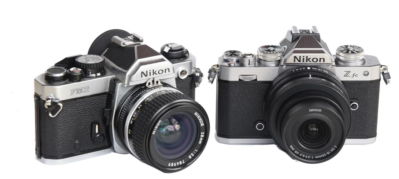 03-sito-Nikon-Z-fc-versus-Nikon-FM2.jpg